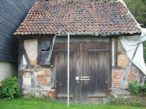 The old blacksmith's house before the restoration