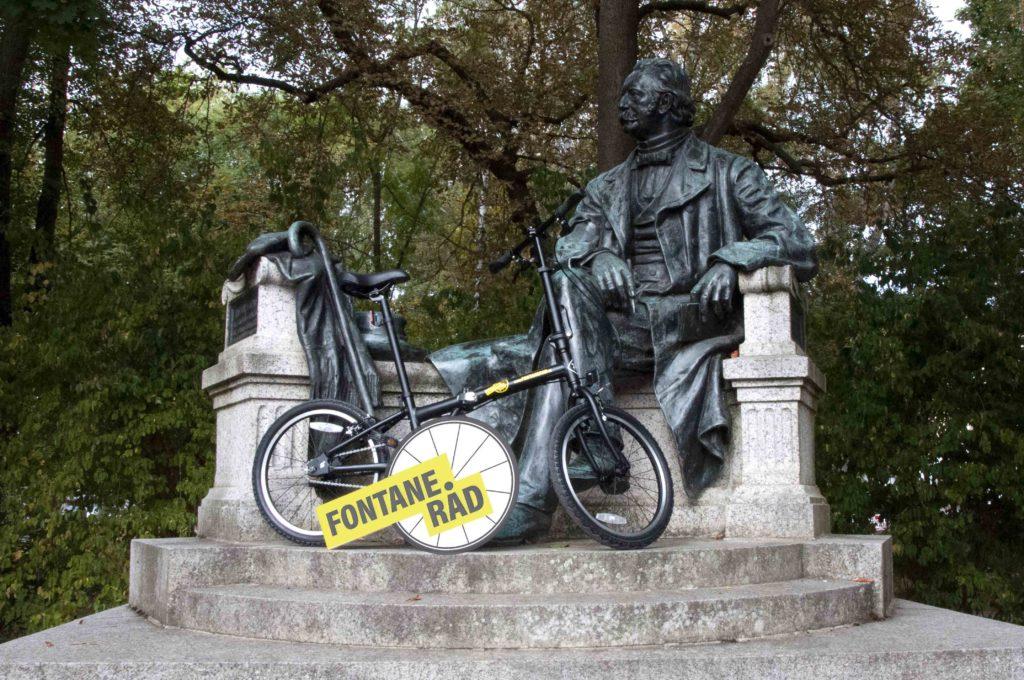 """Den """"Wanderungen durch die Mark Brandenburg"""" nachempfunden Foto: FontaneRad"""