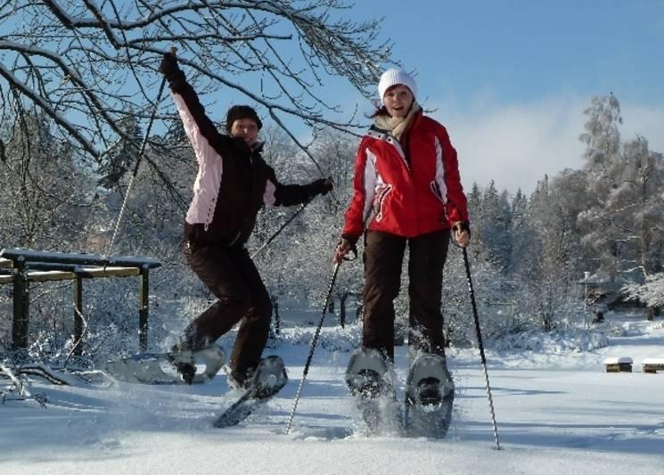 Winterfreuden im verschneiten Harz. © Harz Tourismus